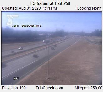 I-5 at Exit 258 - North Salem (looking north)