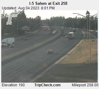 I-5 at Exit 258 - North Salem