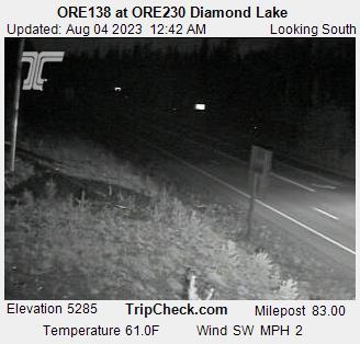 Hwy 230 at Hwy 138 - Diamond Lake (looking south)