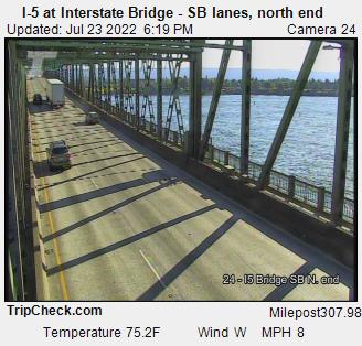 I-5 at Interstate Bridge SB, north end