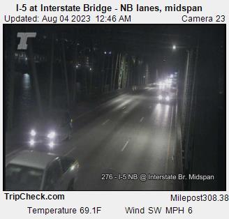 I-5 at Interstate Bridge (northbound lanes, midspan)