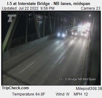 I-5 at Interstate Bridge NB, midspan