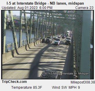 Camera 3034: I-5 at Interstate Bridge NB, midspan