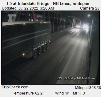 I-5 at Interstate Bridge NB, midspan