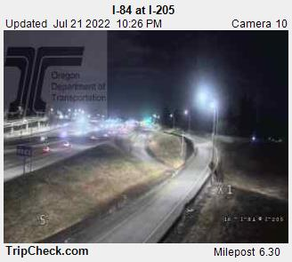 WSDOT - I-84 at I-205 - North Portland Oregon Cameras