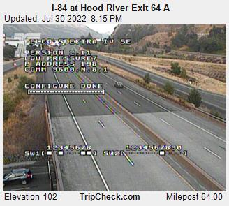 RoadCam - I-84 at Hood River Exit 64A
