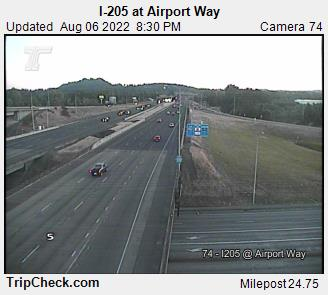 RoadCam - I-205 at Airport Way